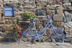 велосипед голубая дом Франции передняя Стоковое фото RF