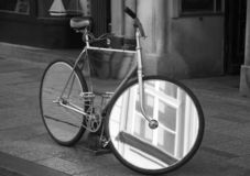 Велосипед зеркала Краков стоковое изображение