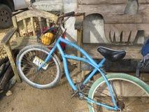 Велосипед и стул в del Toro Bocas стоковые изображения rf