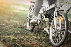 Велосипед катания велосипедиста людей спорта Стоковые Изображения RF