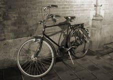 велосипед старый стоковая фотография
