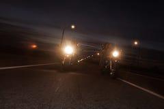 Велосипедисты на дороге Стоковая Фотография