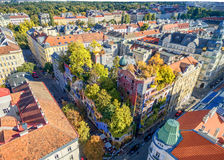 ВЕНА, АВСТРИЯ - 9-ОЕ ОКТЯБРЯ 2016: Hundertwasserhaus Этот ориентир ориентир экспрессиониста вены расположен в районе Landstrase Стоковые Фотографии RF