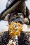Венецианская маска масленицы, королевская тросточка Стоковая Фотография