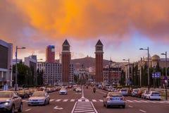 2 венецианских башни в парадном входе к Montjuic Стоковое Фото