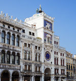 Венеция Башня с часами на аркаде Сан Marco Стоковые Фотографии RF