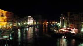 Венеция грандиозный Canale на светах ночи стоковое изображение