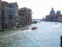 20 06 2017, Венеция, Италия: Взгляд исторических зданий и каналов Стоковая Фотография RF