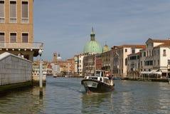 Венеция, Италия: мост contitution и канал gran стоковая фотография rf