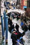 Венеция, малый канал и мост Стоковая Фотография