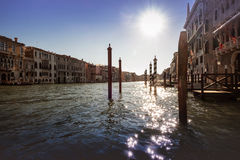 Венеция, сверкная вода на грандиозном канале стоковая фотография rf
