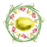 Венок пасхи цветков и хворостин с пасхальными яйцами белизна изолированная предпосылкой Стоковые Фотографии RF
