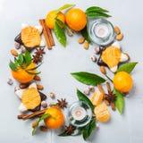 Венок печений рождества с специями и tangerine Стоковое Фото