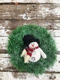 Венок рождества с снеговиком Стоковая Фотография RF