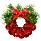 Венок рождества от хворостин сосны, декоративные шарики и шелк обхватывают Стоковые Изображения RF