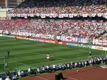 вентиляторы Англии упаковали стадион Стоковые Фото