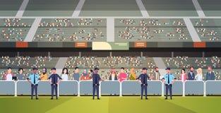 Вентиляторы группы полицейских гонки смешивания контролируя толпятся на арене стадиона спорта на безопасности чемпионата футбольн иллюстрация вектора