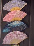 Вентиляторы для продажи в Киото стоковые изображения rf