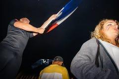 Вентиляторы празднуя победу квалификации Франции для окончательного ФИФА Стоковые Изображения
