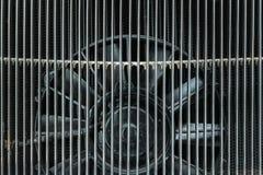 Вентилятор двигателя мотора классицистического автомобиля Стоковое Фото