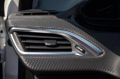 Вентиляционное отверстие в автомобиле стоковое изображение rf