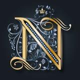 венчание иллюстрации карточки абстракции Письмо n вектора Золотой алфавит на темной предпосылке Грациозно heraldic символ Инициал иллюстрация вектора