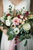 венчание переднего плана фокуса 3 букетов Букет ` s невесты стоковое изображение