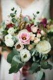 венчание переднего плана фокуса 3 букетов Букет ` s невесты стоковая фотография