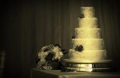 венчание торта высокорослое Стоковое фото RF