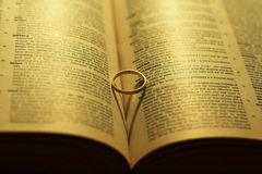 венчание формы кольца сердца Стоковые Фото