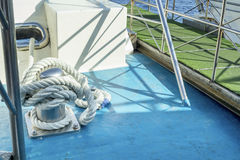 Веревочка анкера на корабле Стоковое Изображение RF