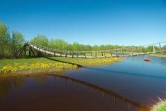 веревочка моста узкая пешеходная Стоковое Изображение RF