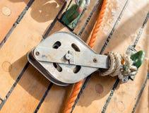 Веревочка на блоках Стоковые Фотографии RF