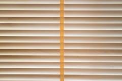 Веревочка древесины текстуры сшитая шторками стоковое фото