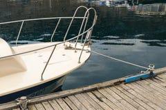 Веревочка связанная с узлом моря Стоковое Фото
