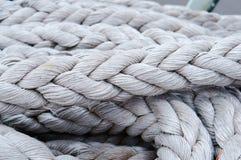 Веревочка, такелажирование, веревочка, шнур, линия зачаливания, шпагат, webbing, шнур стоковые изображения rf
