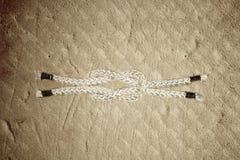 Веревочка узла матроса, квадратный узел рифа Стоковые Фотографии RF