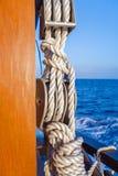 Веревочка шлюпки с узлом Стоковое Изображение RF