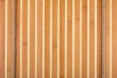 2 веревочки лежа на бамбуковой циновке Стоковое Изображение