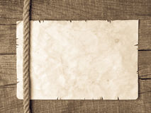 Веревочки и старая винтажная старая бумага Стоковая Фотография