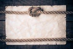 Веревочки и старая винтажная старая бумага Стоковое фото RF