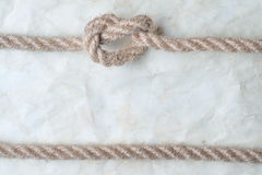 Веревочки и старая винтажная старая бумага Стоковое Фото