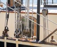 Веревочки и шкивы стоковое фото rf