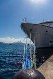 Веревочки от пала к смычку корабля Стоковое фото RF