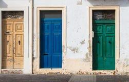 3 двери другого цвета Стоковое Изображение