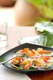 вермишель салата креветки кислая пряная стоковые изображения rf
