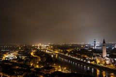 Верона, Италия, каменный мост, старый замок, панорамный взгляд Стоковые Изображения