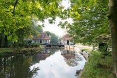 Вертеп Helder водяной мельницы исторических водов в Winterswijk Стоковая Фотография