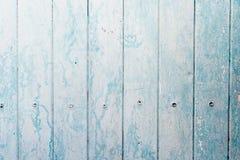 Вертикальный свет - голубая деревянная текстура планок Backgrond архитектуры, конструктивная схема дизайна интерьера Стоковое Изображение RF
