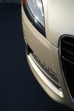 вертикаль носа автомобиля новая Стоковые Фото